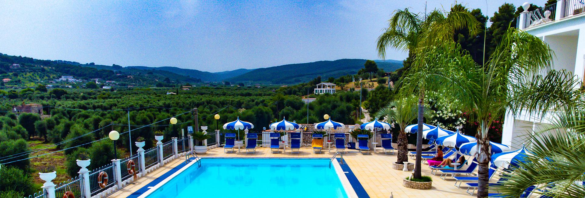 Hotel orchidea peschici hotel 3 stelle con piscina sul - Hotel sul mare con piscina ...